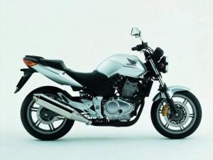 Honda CBF500 04 1